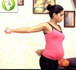 shoulder-rotation-pregnancy-exercise
