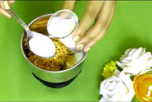 Homemade face pack for glowing skin in winter /Winter Face pack