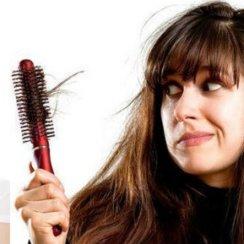 बाल गिरने झड़ने का इलाज करने के लिए आजमाएं ये 23 घरेलू नुस्खे