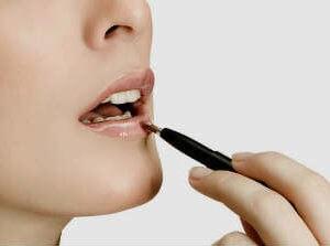 होठों की देखभाल /hotho-ki-dekhbhal-lips-care-tips-in-hindi