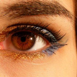 आँखों की देखभाल