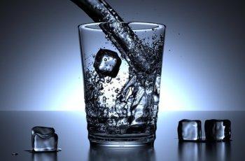 पानी पीने pani peene ka sahi tareeka