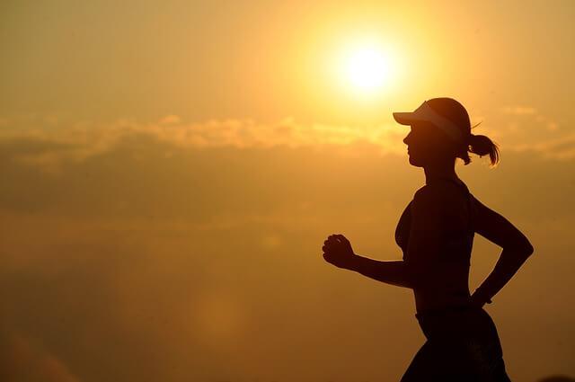 जॉगिंग करें फिट रहें Jogging and Walking tips