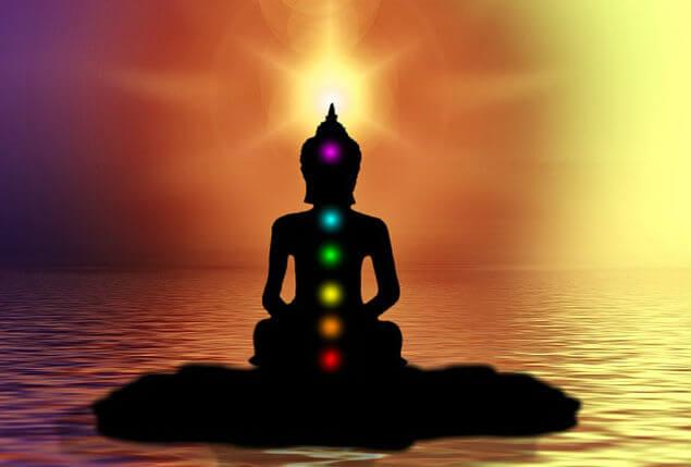 आयुर्वेद के अनुसार लम्बी उम्र तथा युवा रहने के उपाय lambi umar ke liye ayurveda tips