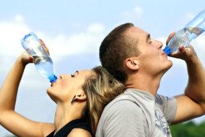 pani peene ke fayde labh जानिए पानी पीने से क्या फायदे होते हैं ? तथा पानी के गुण