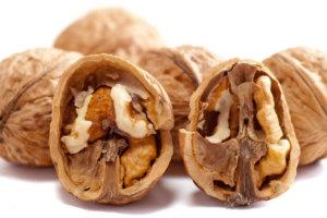 अखरोट खाने के फायदे तथा खाने के तरीके (रेसेपी) : Walnuts Nutrition Facts akhrot khane ke fayde tarika samay