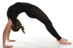 हाइट बढ़ाने के लिए योग बाबा रामदेव : लंबाई बढ़ाने के 9 योगासन lamba hone height badhane ki yoga