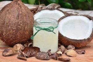 नारियल के औषधीय गुण : जानिए सूखे व कच्चे नारियल के स्वास्थ्य लाभ nariyal ke fayde kacha sukha coconut labh