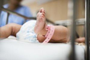 cesarean delivery FAQ Myths Advices hindi सिजेरियन ऑपरेशन से जुडी समस्याएं तथा उनके समाधान